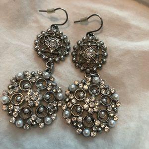 Sterilized silver pearl dangly fancy earrings